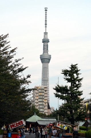 skytree from asakusa